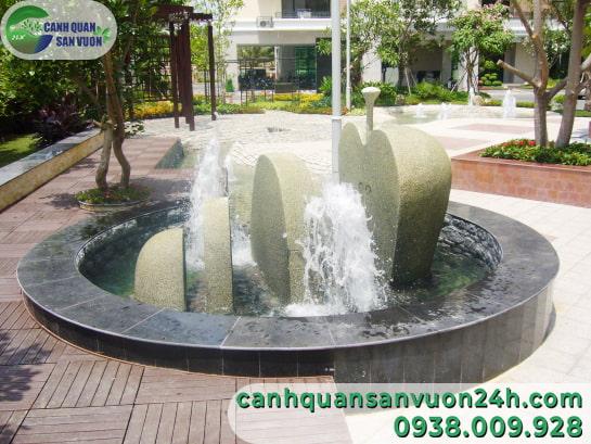 tieu-canh-dai-phun-nuoc-noi-cong-cong